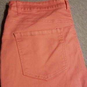 Size 12 Liverpool Jeans Co. Julia Short Capri